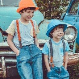 Aniversário do irmão: ideias para tornar mais especial o dia do seu irmão