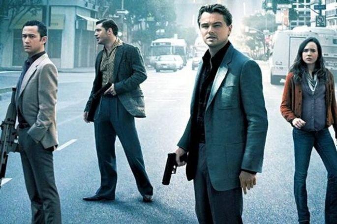 A origem é um filme de Christopher Nolan. Estrelado por Leonardo DiCaprio, Ellen Page e Joseph Gordon-Levitt