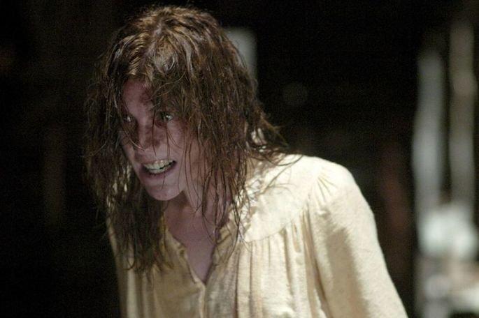 O exorcismo de Emily Rose é dirigido por Scott Derrickson, com roteiro de Paul Harris Boardman e baseado em uma história real. Com atuação de Jennifer Carpenter Laura Linney Tom Wilkinson