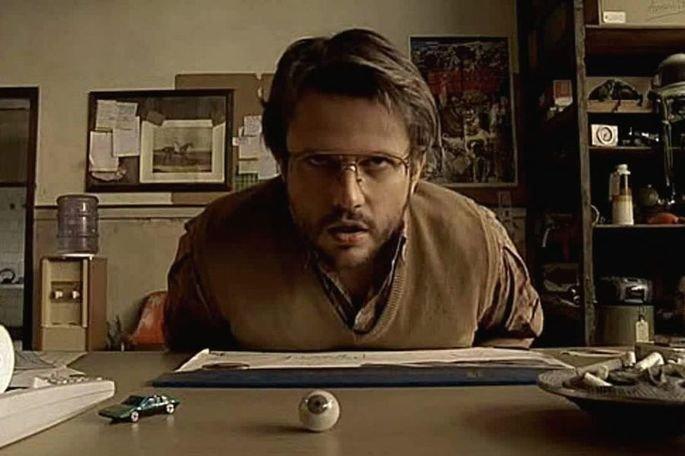 O brasileiro Heitor Dhalia dirigiu O cheiro do ralo, filme de 2007
