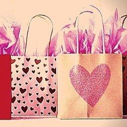 Presente de aniversário para namorada: ideias criativas que a vão surpreender