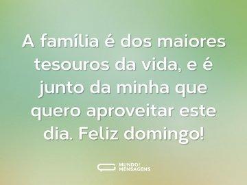 A família é dos maiores tesouros da vida, e é junto da minha que quero aproveitar este dia. Feliz domingo!